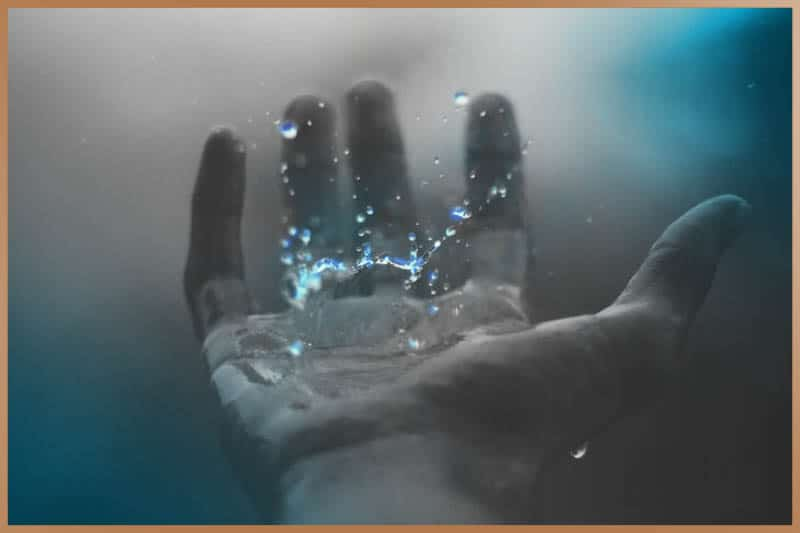 Hydrokinesis practice: water in a hand